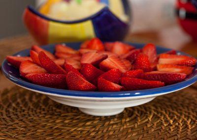 Plato de fresas de temporada - Boutique Hotel el Tío Kiko