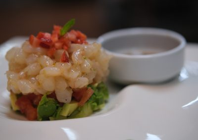 Tartar de atún y gambas - Boutique Hotel El Tío Kiko